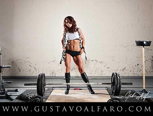 Амереканская фитнесистка Charlotte Quillen