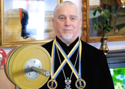 протоирей Василий (Ковалев) - настоятель Свято-Троицкого храма из Запорожской области.