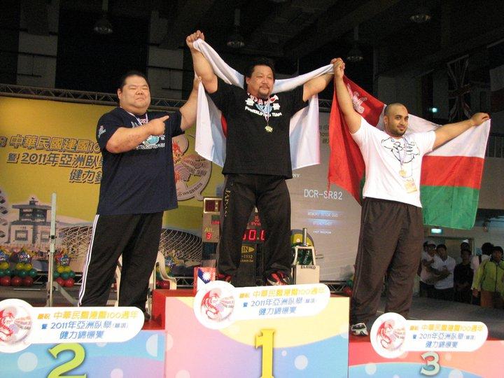 Победил самого Дайсуке Мидотэ! (рекордсмена мира в жиме)
