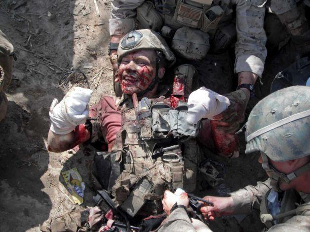 На фото сапер морской пехоты США Сержант Брайан Майер